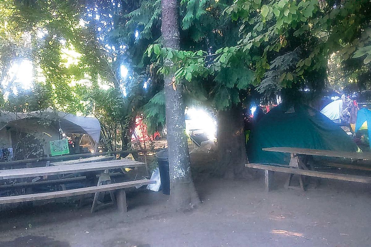 Camping Flor del Lago